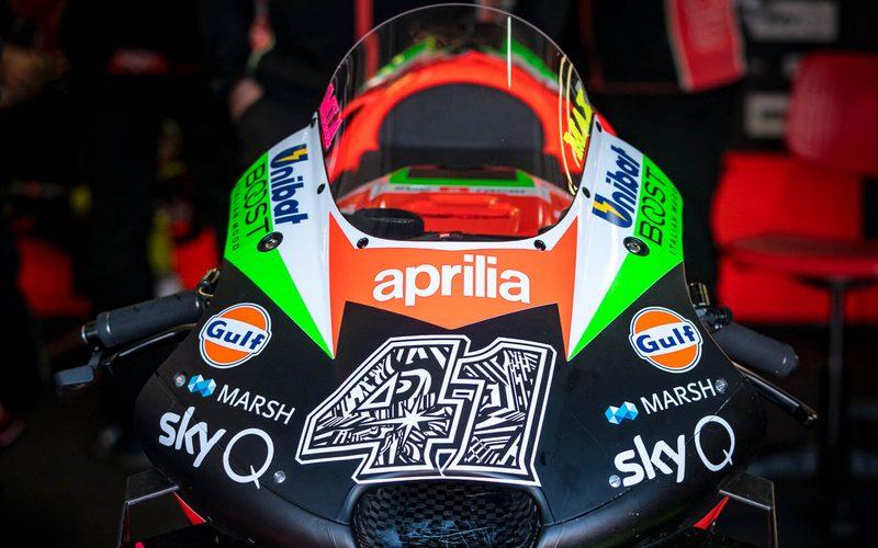 Aprilia testete in Valencia und Jerez mit dem alten Motorrad