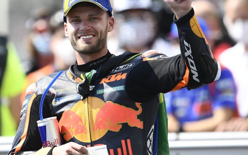 Brad Binder kurz nach dem ersten MotoGP-Sieg für sich und auch für KTM