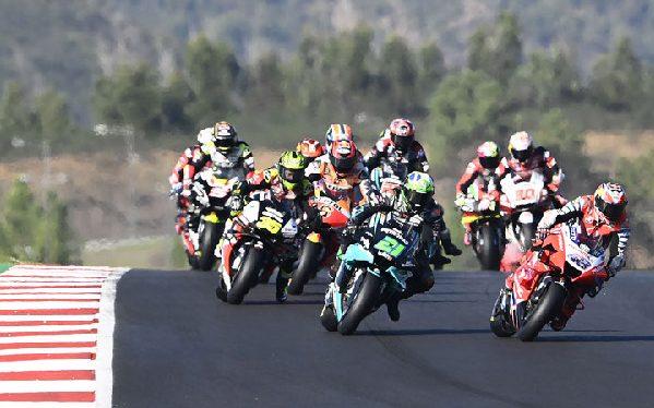 Renn-Action beim MotoGP-Saisonfinale 2020 in Portimao