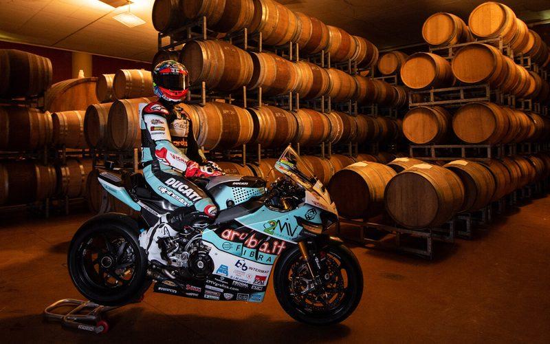 Go-Eleven-Ducati tritt in der WSBK-Saison 2021 mit Chaz Davies in Hellblau an