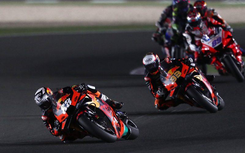 Miguel Oliveira und Brad Binder kämpften ihn Katar mit Reifenproblemen