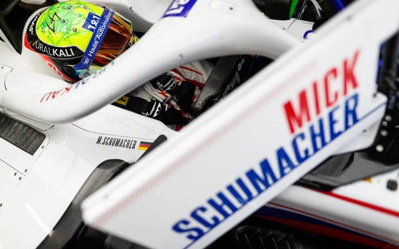 30 Jahre nach seinem berühmten Vater debütiert Mick Schumacher in der Königsklasse.