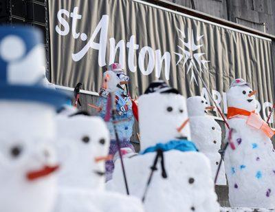 SANKT ANTON,AUSTRIA,06.JAN.21 - ALPINE SKIING - FIS World Cup, preview. Image shows snowmen.