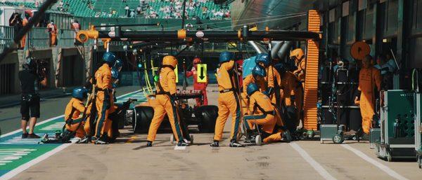 Kampf um P3: Norris-Leclerc