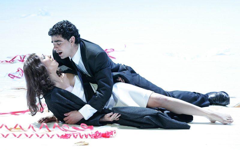 "Netrebko Saengerin Sopran; Oper ""La Traviata"" von Giuseppe Verdi, Salzburger Festspiele"