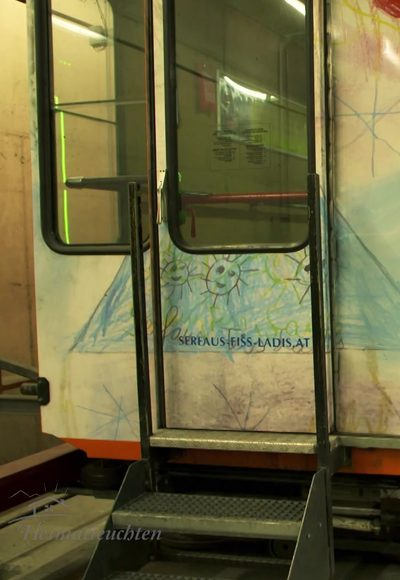 Eine U-Bahn im Dorf