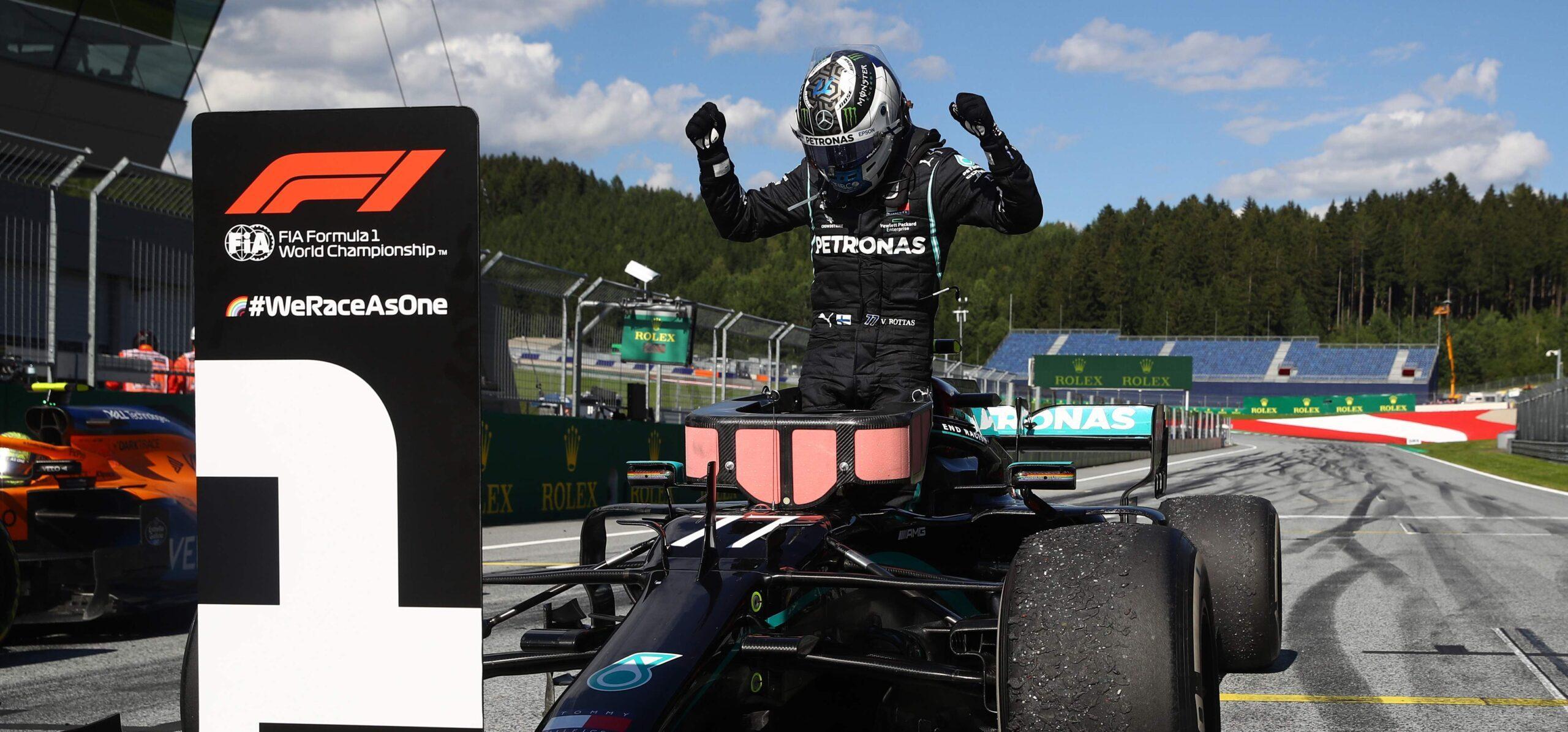Bottas gewinnt turbulentes Auftaktrennen in Spielberg