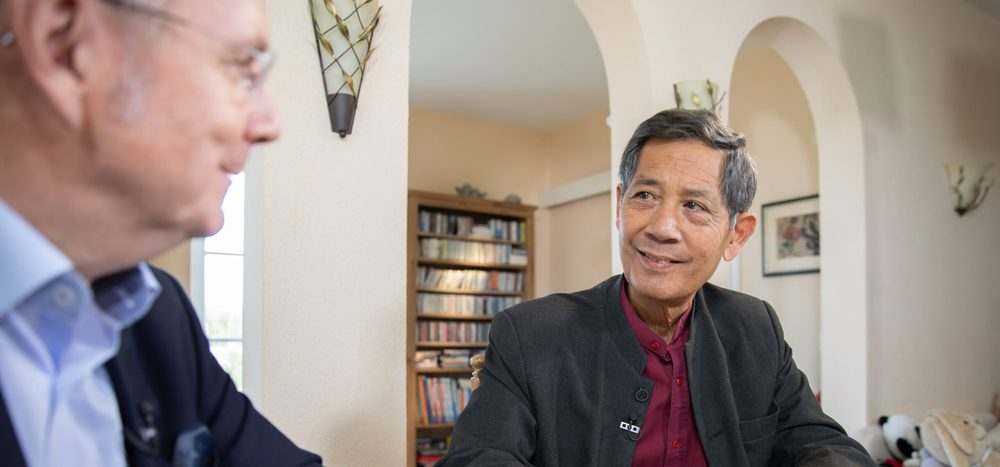 """Corona: Nur Fehlalarm?"" – Talk Spezial mit Prof. Dr. Sucharit Bhakdi"