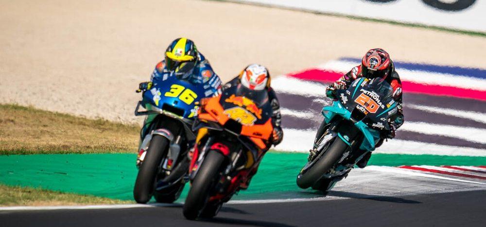 MotoGP-Renndirektor erklärt: Darum gibt's die grüne Fläche